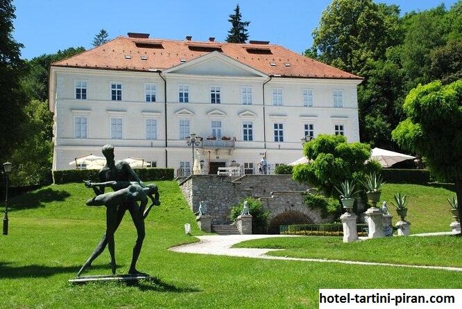 Cekin Mansion, Wisata di Tepi Utara Taman Tivoli, Ljubljana Slovenia